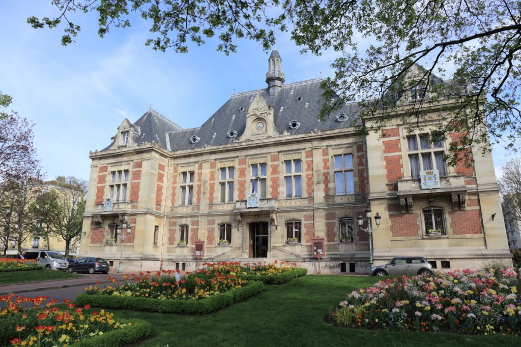 This image has an empty alt attribute; its file name is mairie_montrouge-1024x683.jpeg